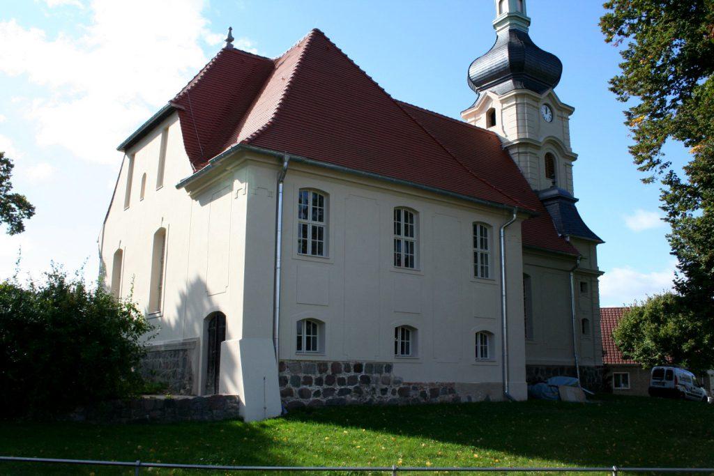 kirche-meseberg-neu2
